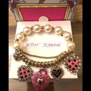 BETSEY JOHNSON Pink ❤️ Rhinestone Charm Bracelet